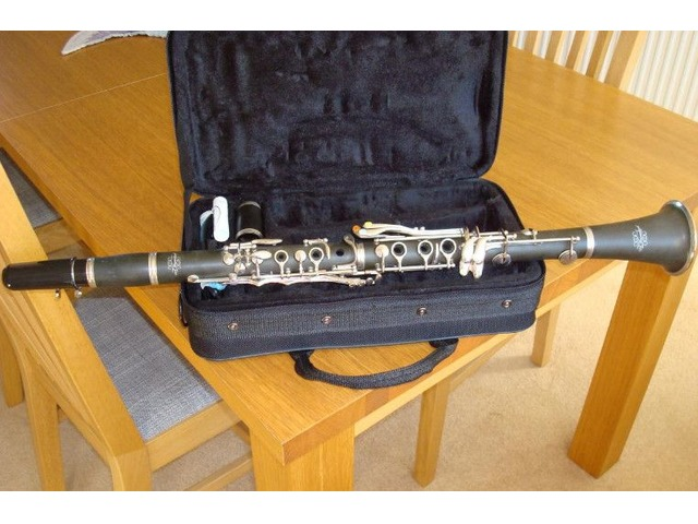 Clarinet for sale | FreeAds.info
