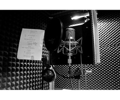 Experienced voice over artist in Spanish