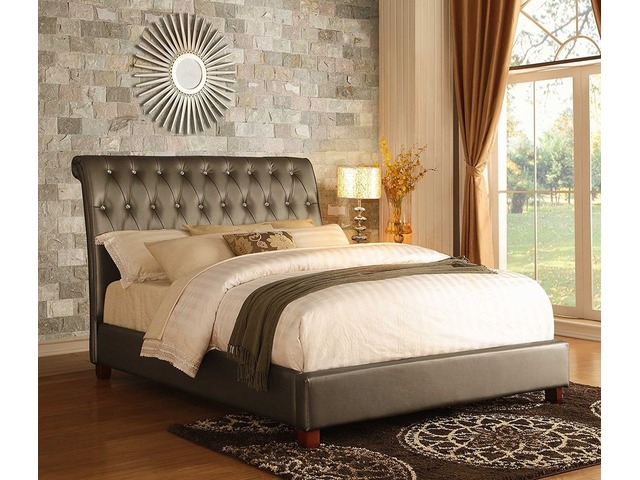 Luxury upholstered bed | FreeAds.info