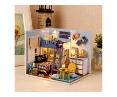 Cuteroom 1:32Dollhouse DIY Kit Light With Cover Starry Sky Adventure Stand Joint Model